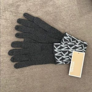 Michael Kors Gloves